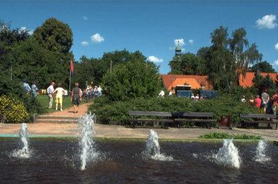 Kloster mit Blick vom Springbrunnen